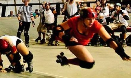 Women's Roller Derby Making a Comeback