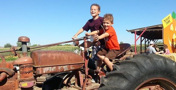 Grandparents On The Go – Tolmachoff Farms