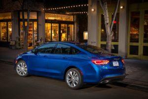 2015_Chrysler_200_review-exterior