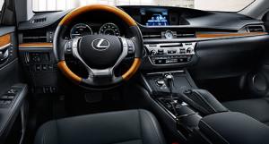 Lexus 300h interior