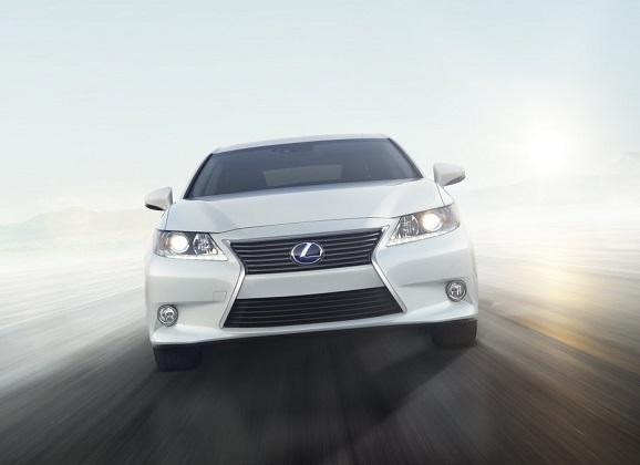 OMOTENASHI and the 2014 Lexus ES 300h