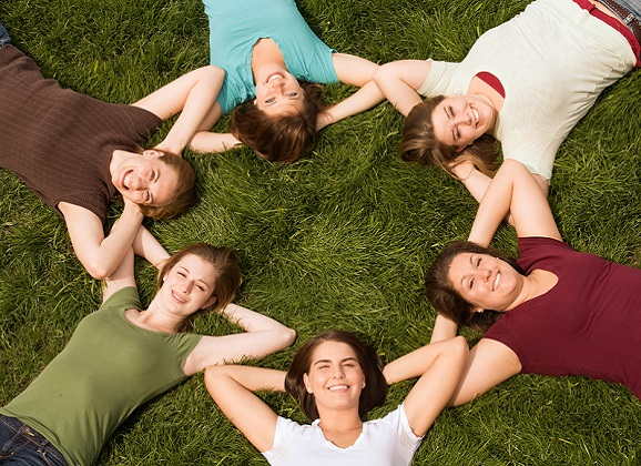 10 Different Friendships Women Encounter in Their Lives