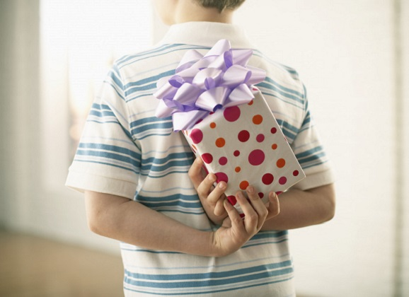 Teaching Your Child Holiday Gratitude