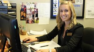 Airpark Service Advisor Lissa