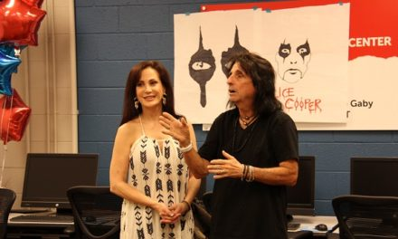 Alice Cooper's Solid Rock Teen Center Unveils it's new Technology Center
