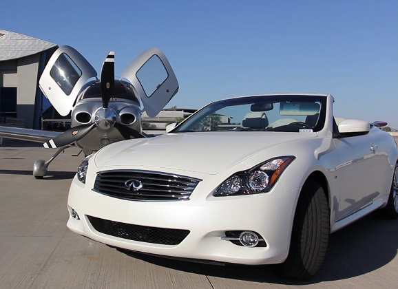 2015 Infiniti Q60 Convertible Is Rocking The Red Carpet