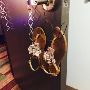 Wired hanger sandal holder