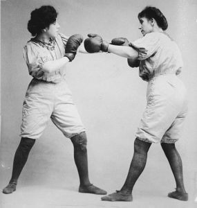 sisters fight