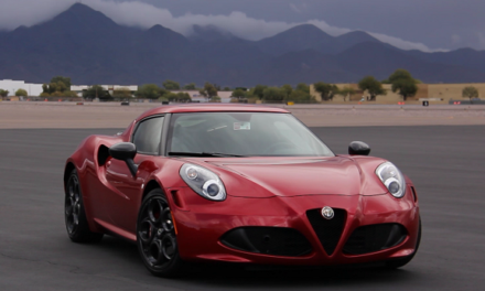 Alfa Romeo 4C Coupe – More Selfies than Kim Kardashian