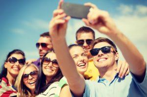 Tecnology Obsessed-group selfie