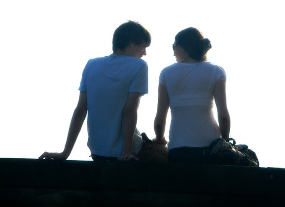 Tips to build a strong romantic relationship