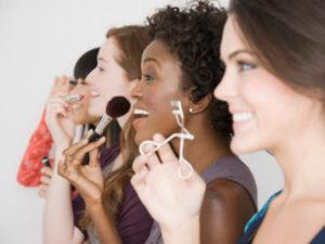 Women-Applying-Makeup