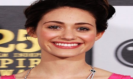 Actress Emmy Rossum Wants Equal Pay For Her Role On 'Shameless'