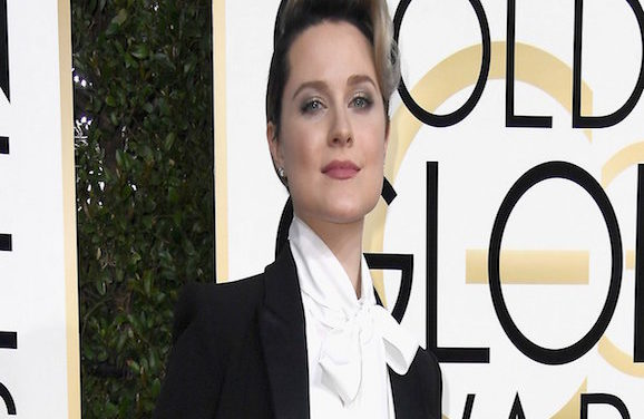 """""""Westworld"""" Star Sends Message To Young Girls With Golden Globes Outfit Choice"""