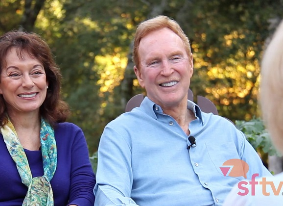 Behind the Barefoot Wine Brand with Michael Houlihan and Bonnie Harvey – C-SuiteTV