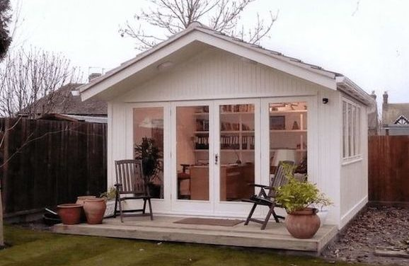 Women Making Space For 'She Sheds'