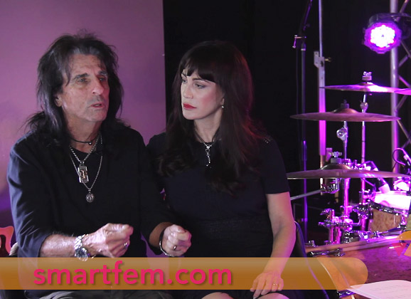 SmartFem TV – Backstage Pass with Alice Cooper – The Impact of Technology on the Music Industry