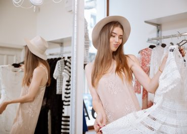 5 tips resale shops look for when buying clothes