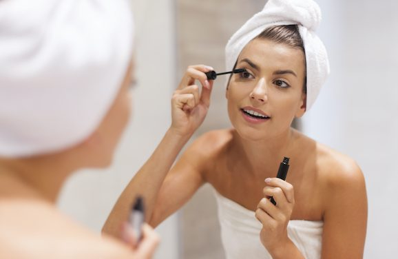Simple Makeup Tricks to Look Refreshed on Zoom